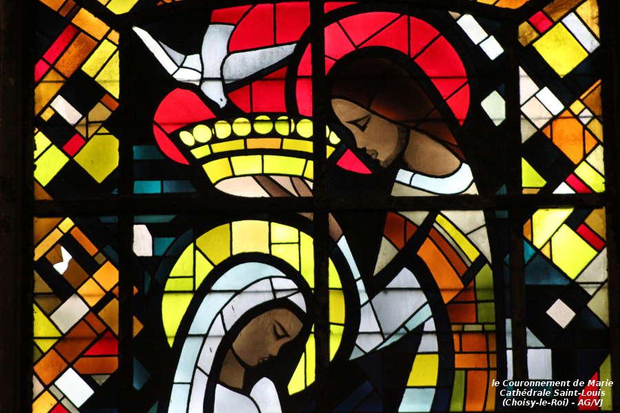AOC-VJ.Choisy.Cathedrale.Vitrail Couronnement.01